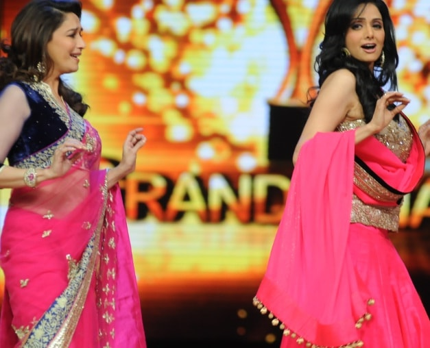 madhuri-vs-sridevi-in-jhalak