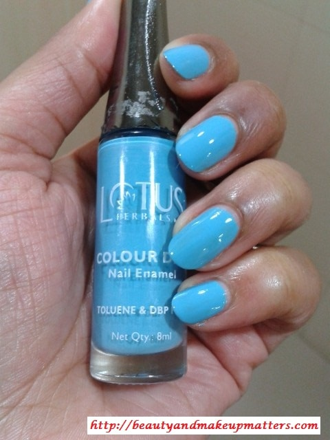 Lotus-Herbals-Color-Dew-Nail-Enamel-Deep-Sea-Nail-Swatch