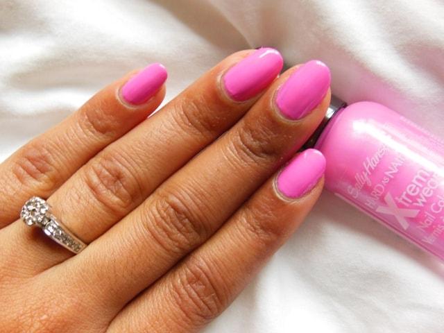 Sally Hansen Xtreme Wear Nail Color Bubblegum Pink Nails