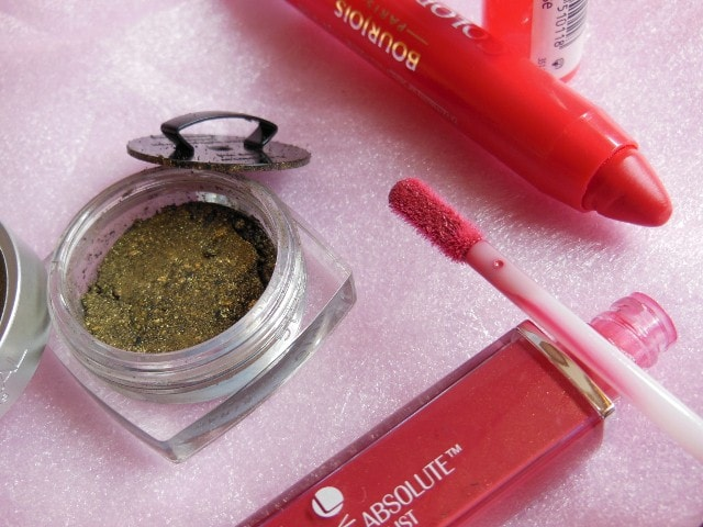 Blog Sale Shopping- Bourjois Lip crayon, L'Oreal Eye Shadow and Lakme Gloss