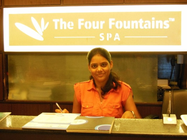 Four Fountain Spa Receptionist