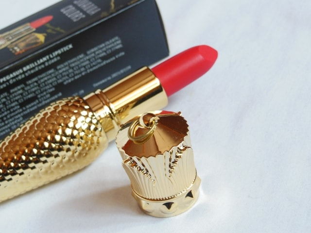 Sivanna Gold Matte Lipstick Packaging - Cap