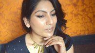 Beauty Trends - Glitter Lips Look