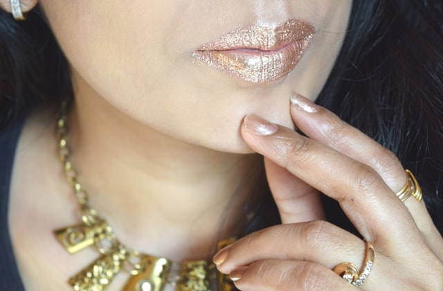 Instagram Beauty Trend - Glitter Lips