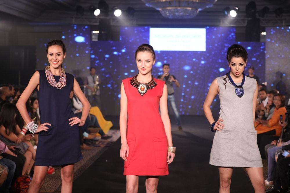 Models at Mona Shroff and Rajiv Mehta Show at IIFW (29)
