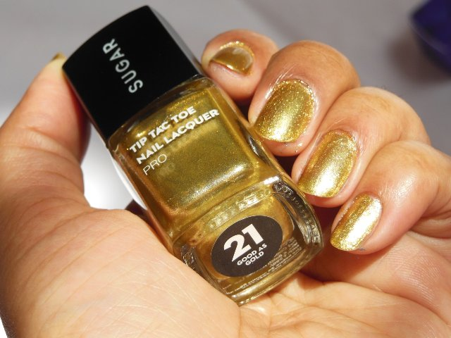 Sugar Cosmetics Tip Tac Toe Nail Lacquer Pro - Good As Gold Shade