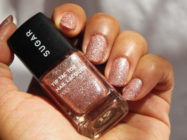 Sugar Cosmetics Tip Tac Toe Nail Lacquer -Rambling Rose NOTD
