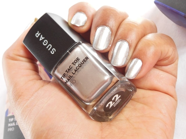 Sugar Cosmetics Tip Tac Toe Nail Lacquer - SIlver Screen NOTD