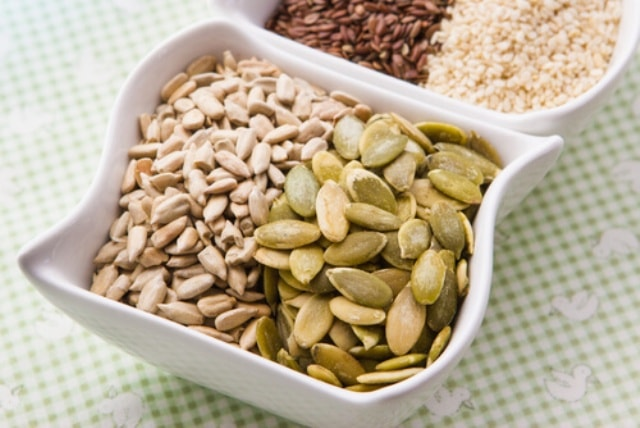 Food for Fast metabolism - Seeds and Nuts