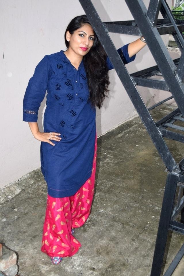 Girls Punjabi juti Photos
