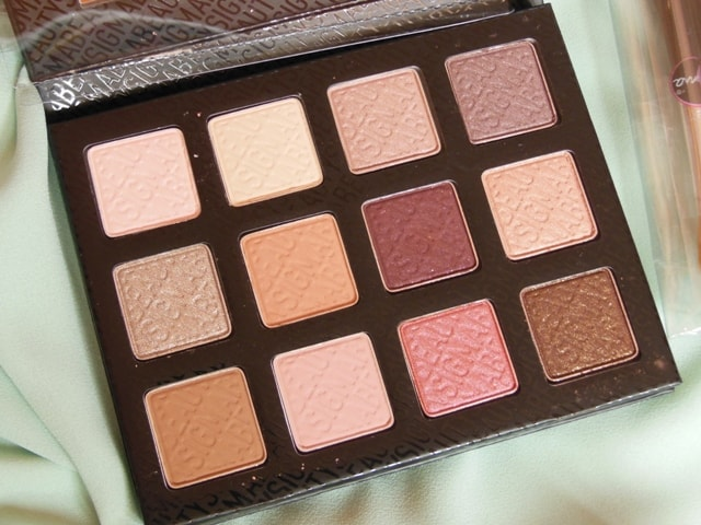 SIGMA Beauty Offer -Warm Neutrals Eye Shadow Palette