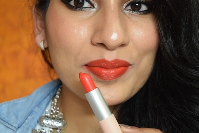 Maybelline X GIGI Hadid Lipstick - Lani Lip Swatch