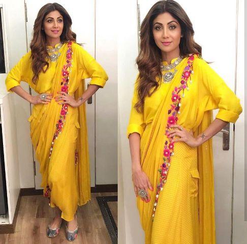 Saree Fashion Trend 2018 -Dhoti Style Saree Shilpa Shetty 2