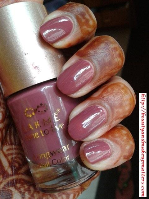 lakme nine to five nail enamel lavendar lush review