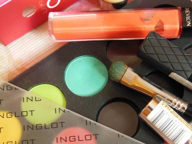 Makeup Favorites This Month @ August 2013 - INGLOT Matte 372 Eye Shadow