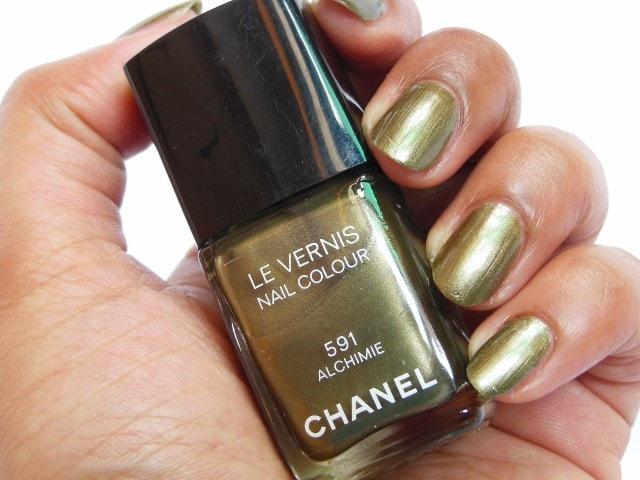 CHANEL Le Vernis Nail Color Alchimie #591 NOTD