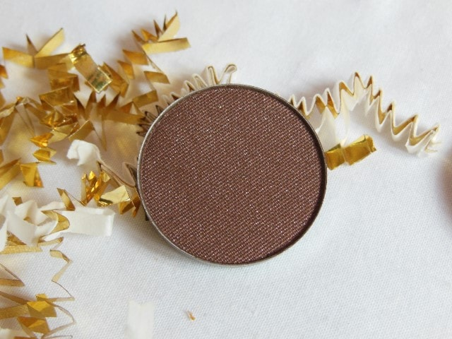 Luxie Beauty Powder Eye Shadow 302 Review