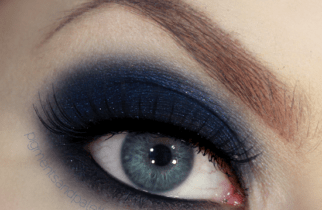 navy-blue-smokey-eyes-by-lisa-eldridge