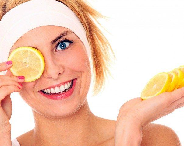 Best Home remedies for Oily Skin - Lemon