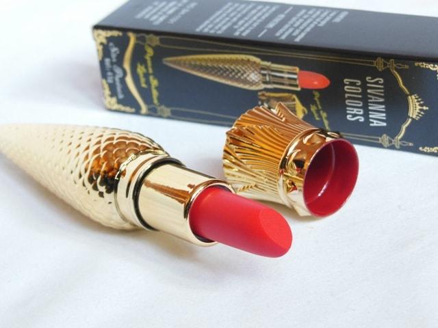 Sivanna Gold Matte Lipstick Bullet Shape
