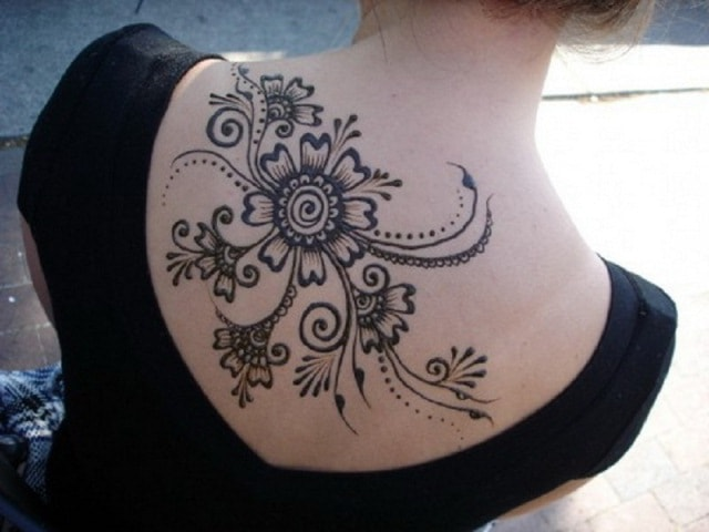 Best heena Tattoo Designs for Back - Pretty Flower Style