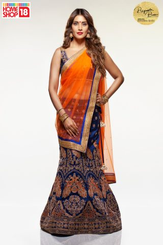 Bipasha_Lehenga1 with Homeshop18
