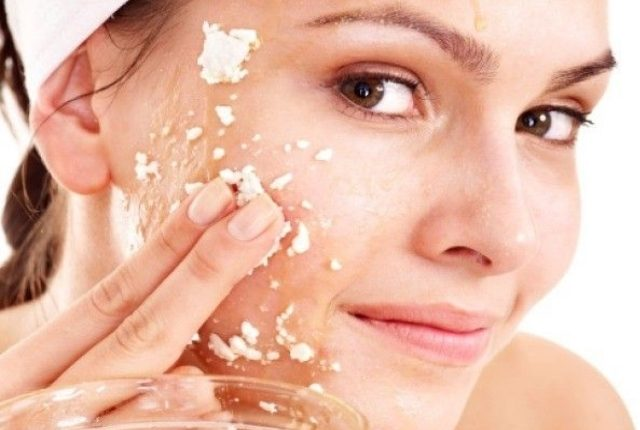 best home remedies for glowing skin for brides - oatmeal-face-pack