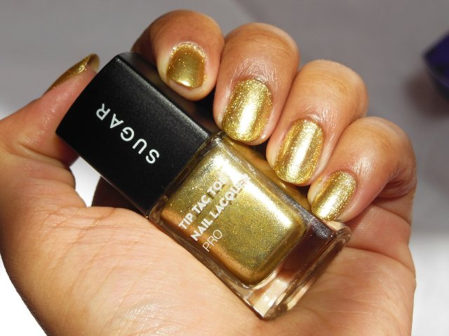 Sugar Cosmetics Tip Tac Toe Nail Lacquer Pro - Good As Gold Swatch