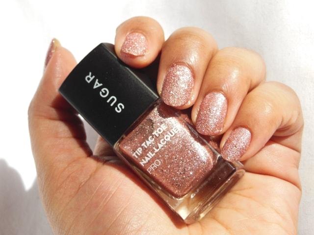 Sugar Cosmetics Tip Tac Toe Nail Lacquer -Rambling Rose Swatch