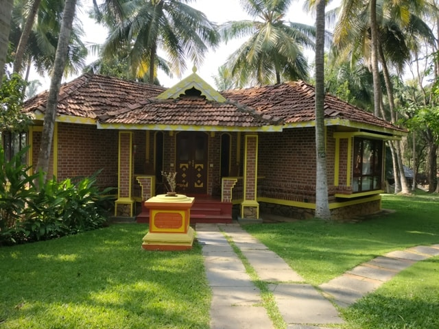 Cottages at Kairali Resort 5