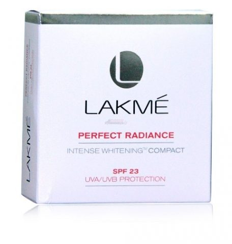Best Lakme Products -lakme-perfect-radiance-intense-whitening-compact-spf-23-uvauvb-protection