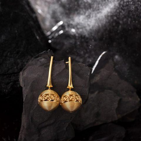 Gold Drop Earrings jewelry- Caratlane
