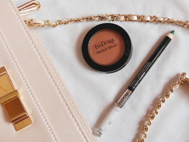 Isadora Cosmetics Makeup India - Blush and Eye Liner