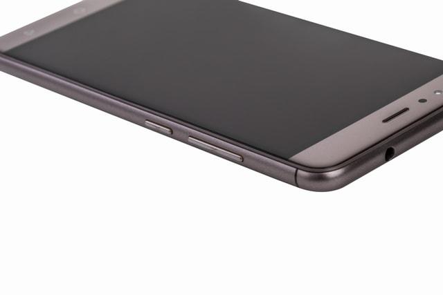 infocus Turbo 5 Smartphone body