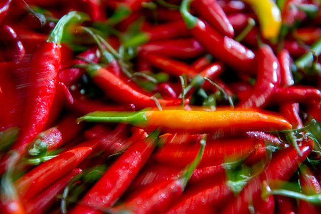 Food to increase metabolism - Chilli Peppers