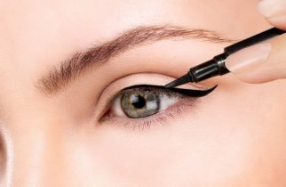 Eye Liner Application