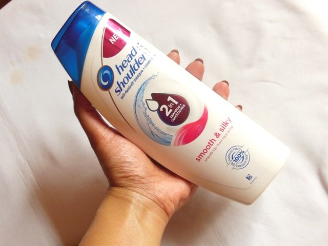 Head & Shoulders Smooth and Silky 2-in-1 Shampoo + Conditioner Review