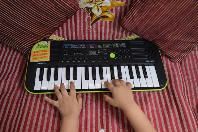 Casio Music keyboard for Child development